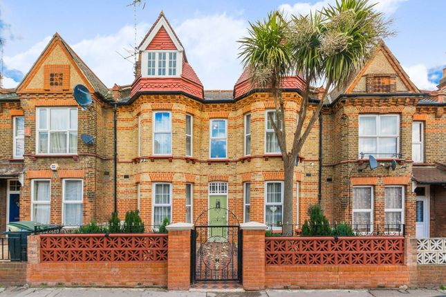 Thumbnail Property for sale in Gladstone Avenue, Wood Green