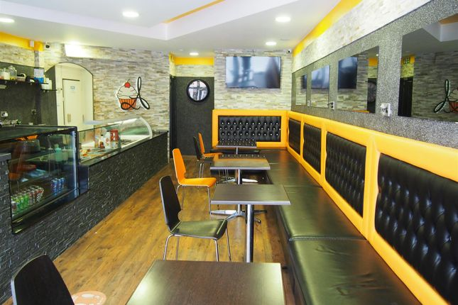 Thumbnail Restaurant/cafe for sale in Cafe & Sandwich Bars DN1, South Yorkshire