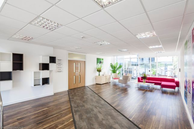 Office to let in Sunrise Parkway, Milton Keynes, Buckinghamshire