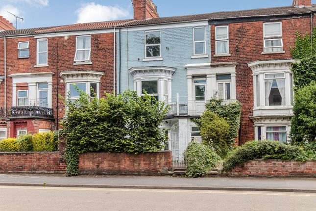 Thumbnail Town house for sale in Trinity Street, Gainsborough