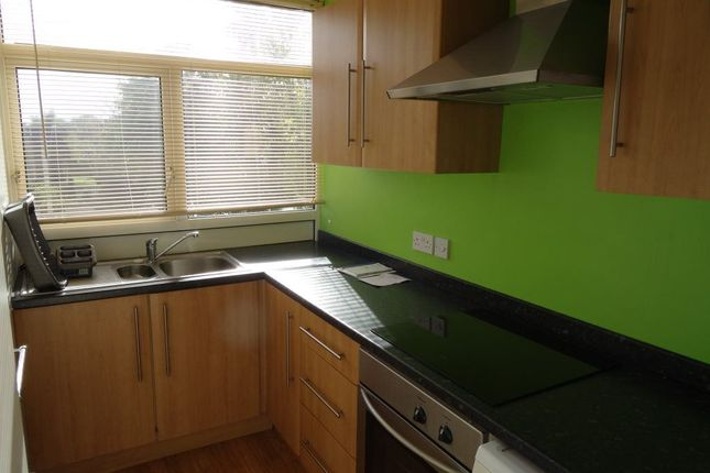 Flat to rent in Hornby Court, Bromborough, Wirral