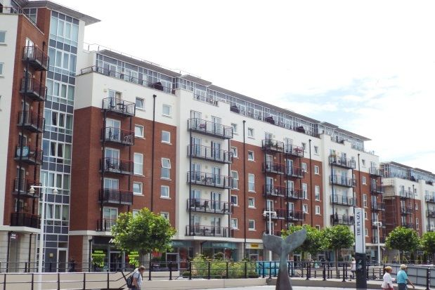 Thumbnail Room to rent in The Canalside, Gunwharf Quays, Portsmouth