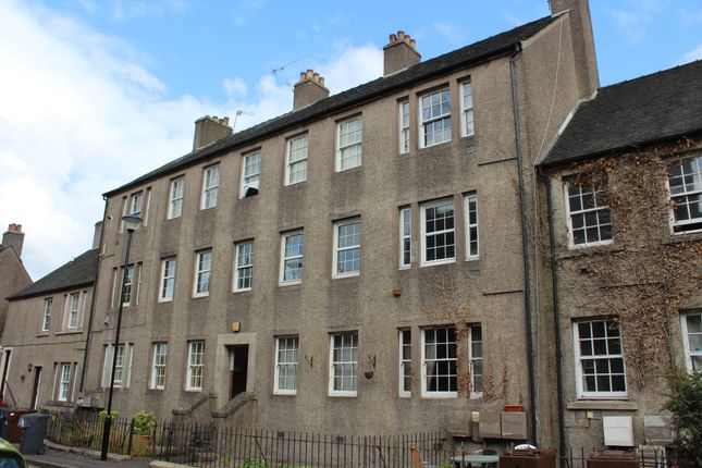 Thumbnail Flat to rent in 10C Morris Terrace, Stirling
