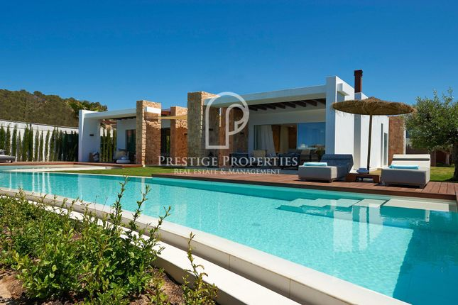 Thumbnail Villa for sale in Cala Conta, Ibiza, Spain