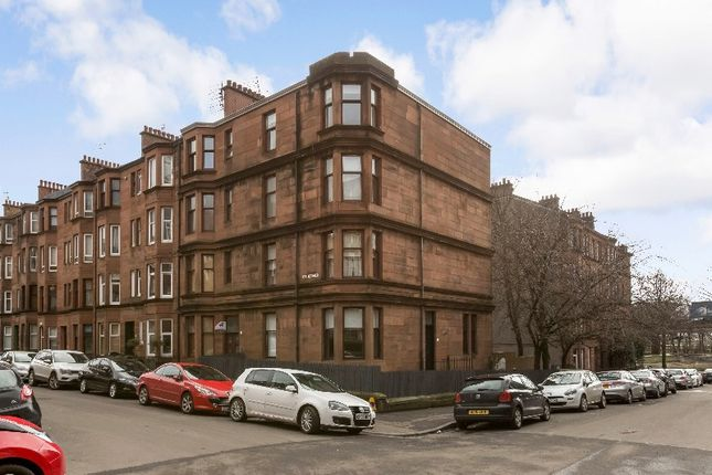 2 bed flat to rent in Kennoway Drive, Partick, Glasgow