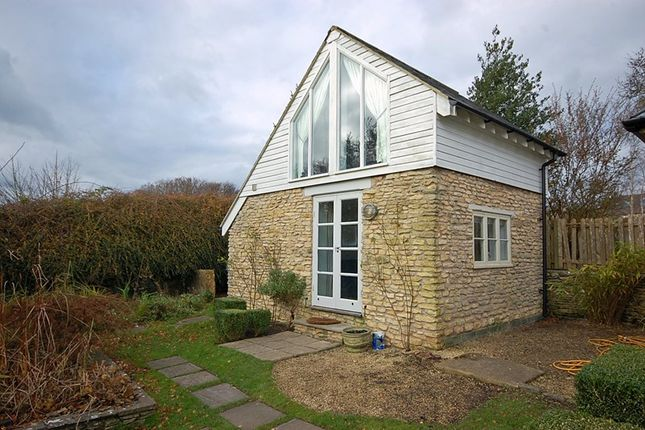Thumbnail Property to rent in St. Martins Lane, Marshfield, Chippenham