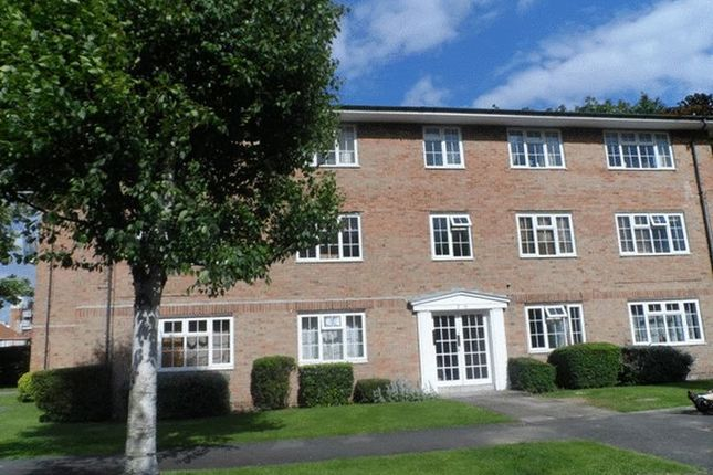 Thumbnail Flat to rent in Marian Court, Robin Hood Lane, Sutton