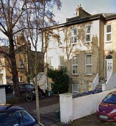 Thumbnail Flat to rent in Mattock Lane, London