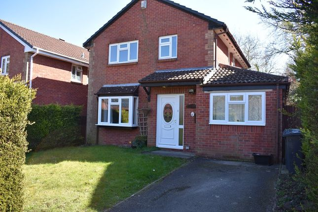 Thumbnail Detached house to rent in Ullswater Avenue, West End, Southampton