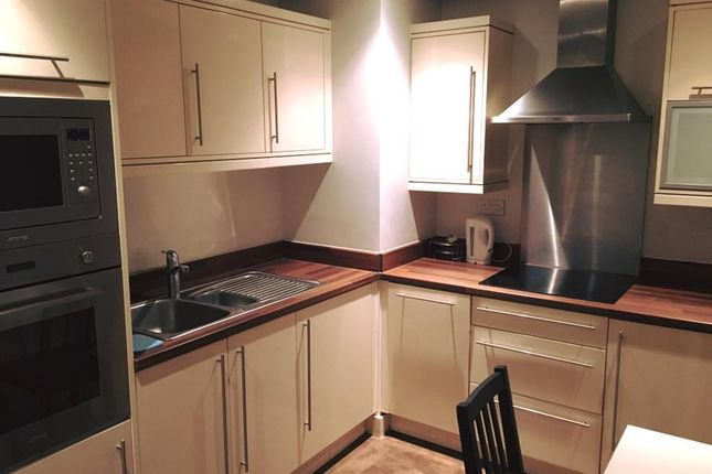 Thumbnail Room to rent in Fathom Court, Basin Approach, Gallions Reach, London