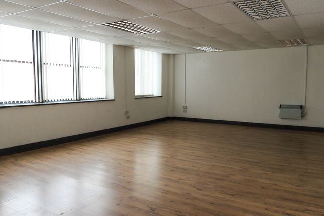 Office to let in Long Lane, Aintree