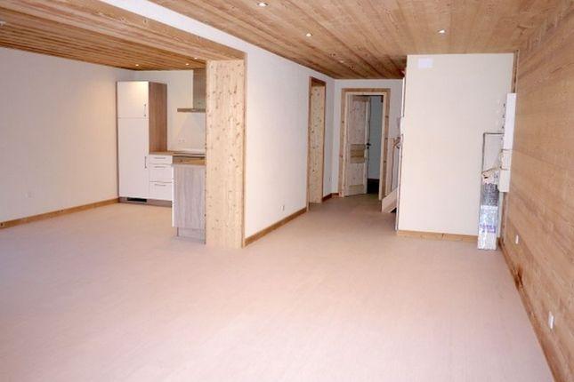 3 bed apartment for sale in 74360 La Chapelle-D'abondance, France