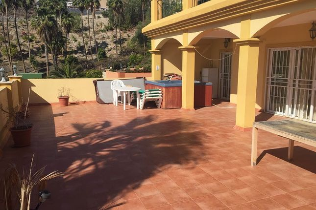 Thumbnail Apartment for sale in San Eugenio, Tenerife, Spain