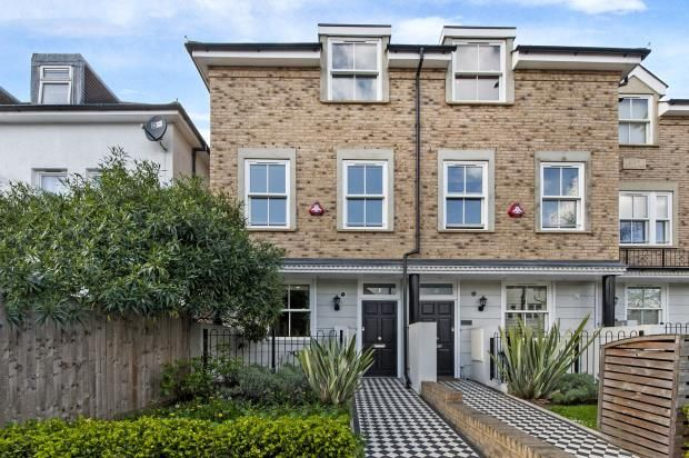 Thumbnail Terraced house for sale in Kingscroft Road, West Hampstead London