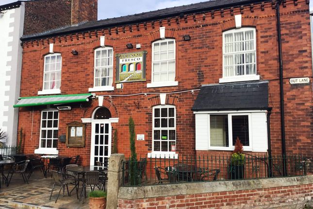 Thumbnail Restaurant/cafe for sale in Town Road, Croston, Leyland