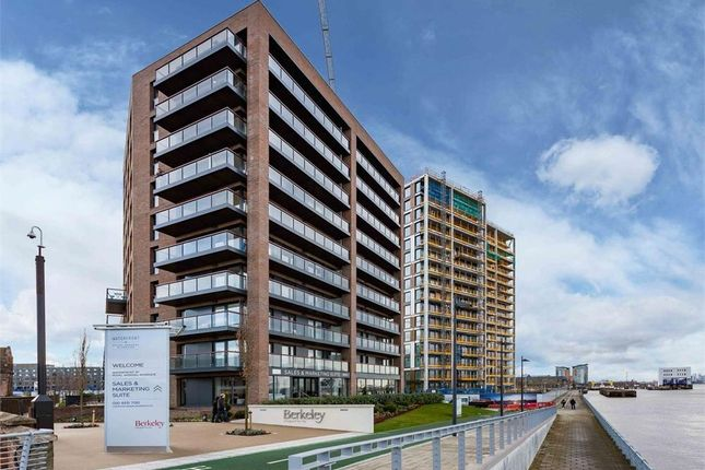 Thumbnail Flat for sale in Duke Of Wellington, Royal Arsenal Riverside, London, London