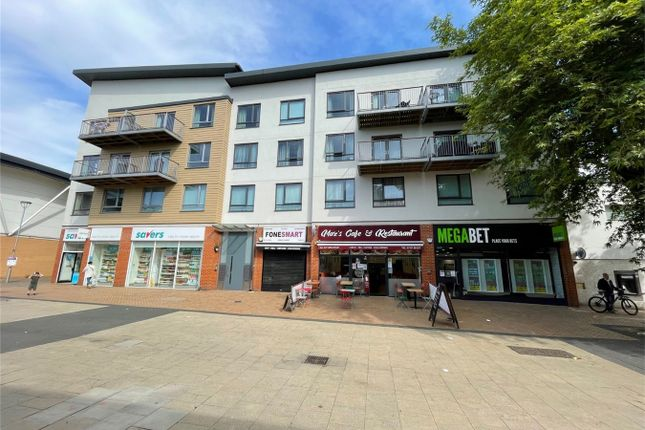 Thumbnail Flat for sale in Town Centre, Hatfield, Hertfordshire