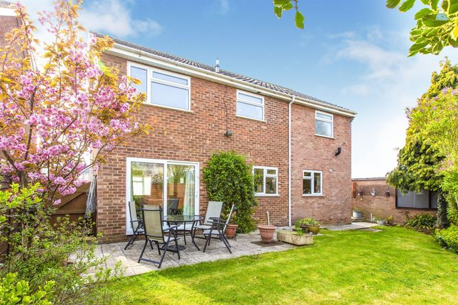 Thumbnail Detached house for sale in Longsands Road, St. Neots