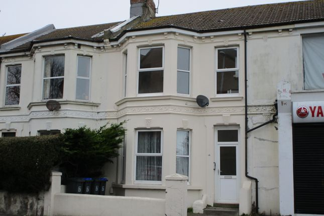 2 bed flat to rent in Teville Road, Worthing