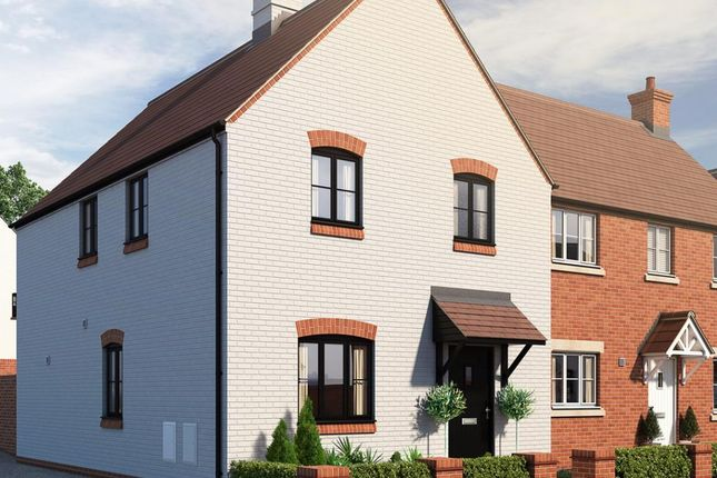 3 bed semi-detached house for sale in Field View, Brackley NN13