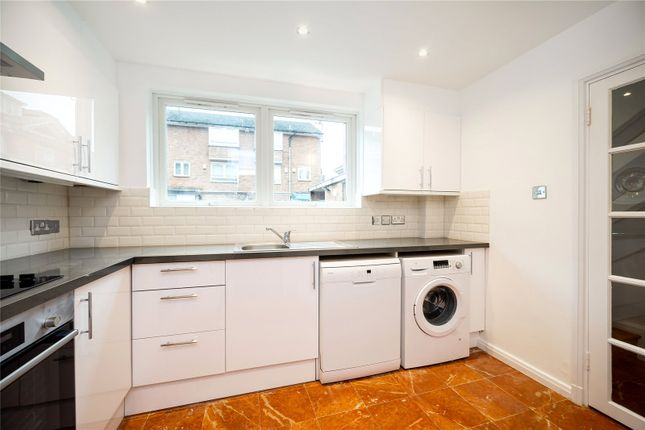 End terrace house to rent in Avenue Road, St Johns Wood, London