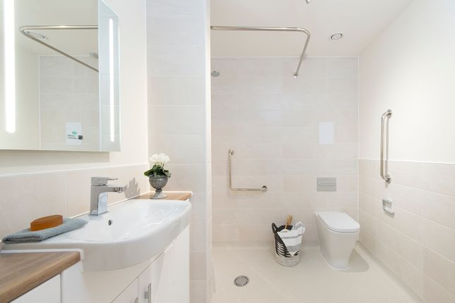 Shower Room of The Dean, Alresford SO24