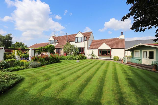 Thumbnail Barn conversion for sale in Chesterfield Road, Hardstoft, Chesterfield