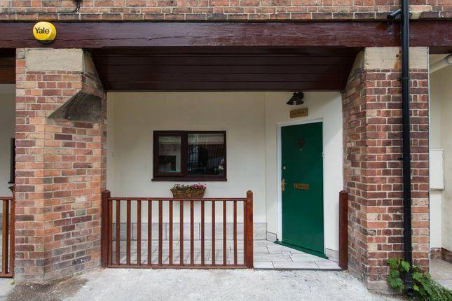Thumbnail Flat for sale in Cottage Terrace, Nottingham