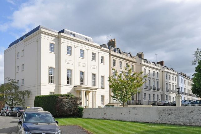 Thumbnail Flat for sale in College Baths Road, Cheltenham