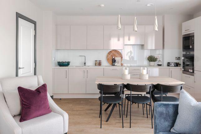 2 bed flat for sale in Lowfield Street, Dartford DA1