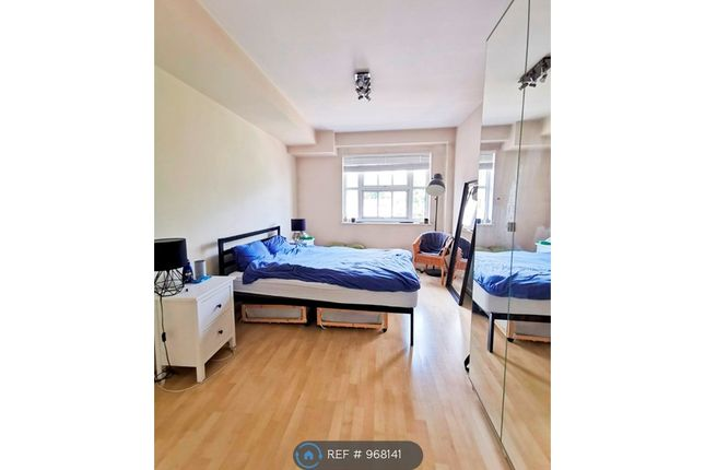 Room to rent in Cartwright Street, London E1