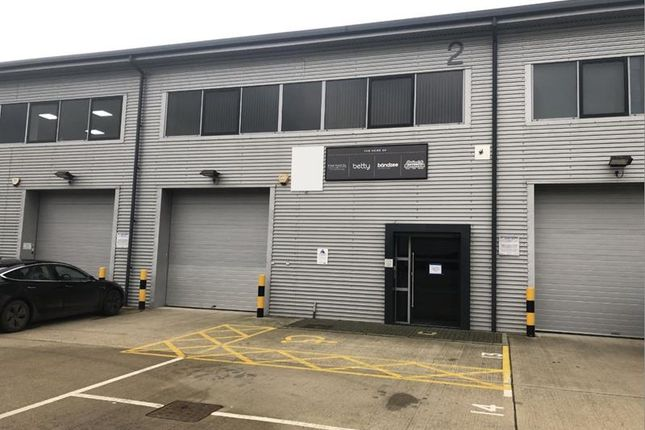 Thumbnail Light industrial to let in Oyster Park, Chertsey Road, West Byfleet, Surrey