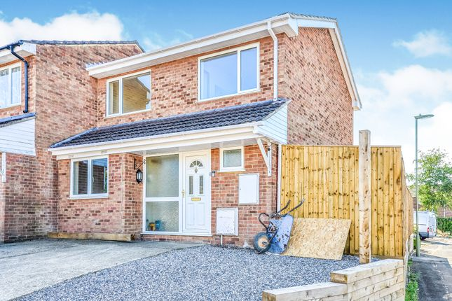 Thumbnail End terrace house to rent in New Road, Fair Oak, Eastleigh