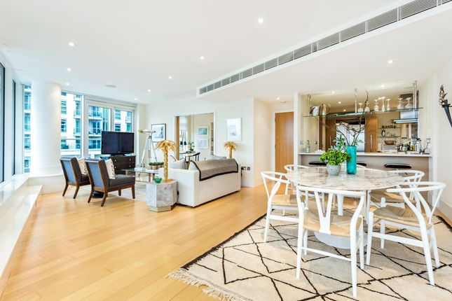 Thumbnail Flat for sale in Kingfisher House, Battersea Reach