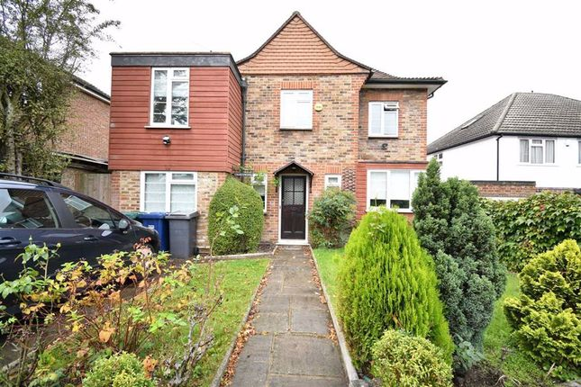 Thumbnail Detached house to rent in Courthouse Road, London