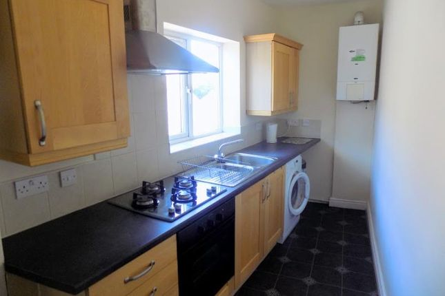 Thumbnail Flat to rent in Hindley Road, Westhoughton, Bolton