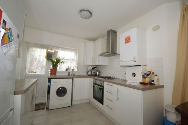 Thumbnail Flat for sale in New City Road, Plaistow, London