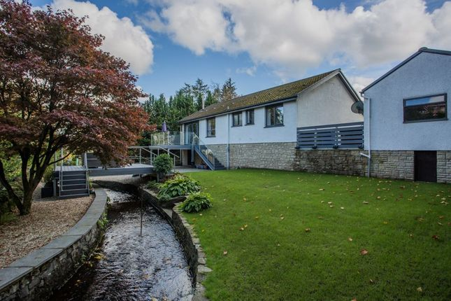 Thumbnail Bungalow for sale in 29 Lawmarnock Crescent, Bridge Of Weir
