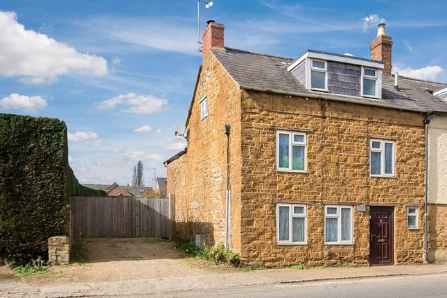 Picture No. 1 of High Street, Deddington, Banbury, Oxfordshire OX15