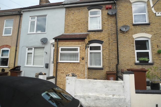 Thumbnail Terraced house to rent in Grange Road, Strood