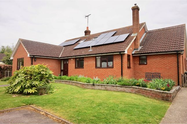 Thumbnail Detached bungalow for sale in Barnston, Dunmow