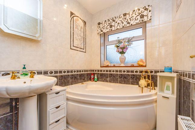 Bathroom of Aldershot Road, Ash, Surrey GU12