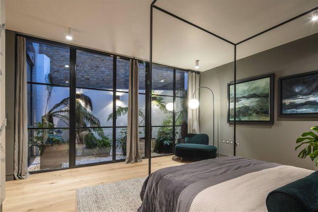 Master Bedroom of Elsworthy Road, Primrose Hill, London NW3