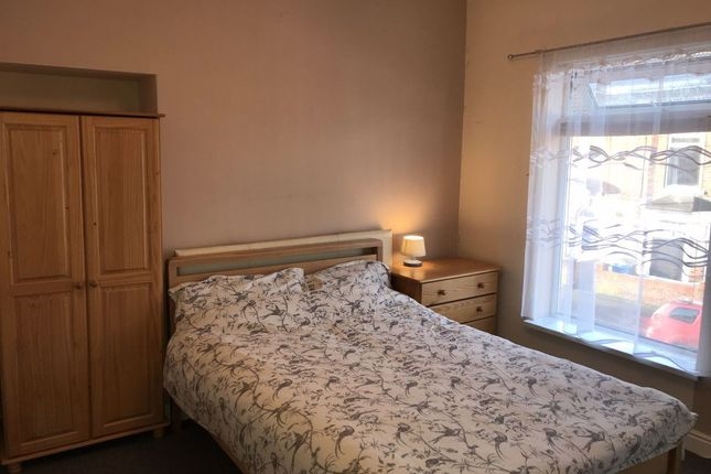 Thumbnail Shared accommodation to rent in Worthing Street, Hull