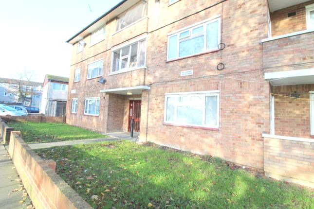 Thumbnail Barn conversion to rent in Hillary Road, Southall