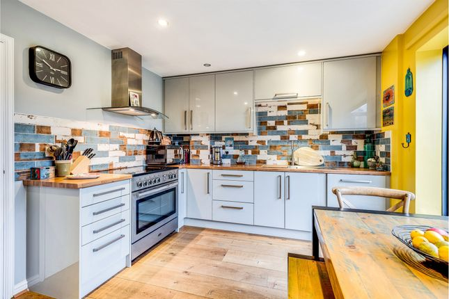 Thumbnail Town house for sale in St. Gabriels, Wantage