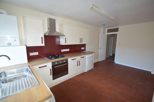1 bed flat to rent in Putney Bridge Road, Putney