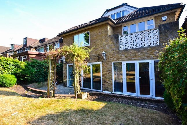 Thumbnail Property to rent in Fitzalan Road, Finchley, London