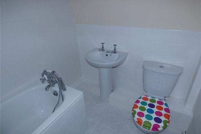 Bathroom of Edge Bottom, Denholme, Bradford, West Yorkshire BD13