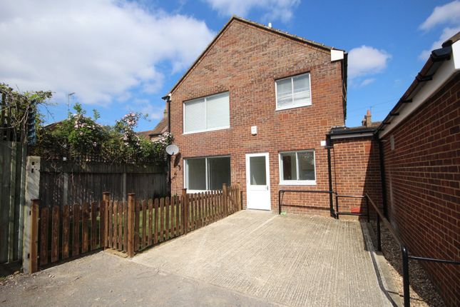 Thumbnail Flat to rent in Wheelwrights Place, High Street, Colnbrook, Slough